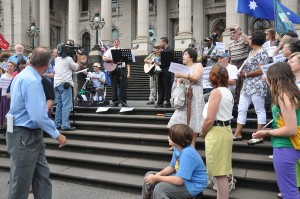 100 Christians gather to pray at Victorian Parliament