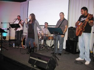 Worship team in Ingham, QLD
