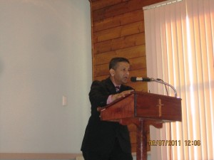 Pr Daniel preaching the Word of the Lord