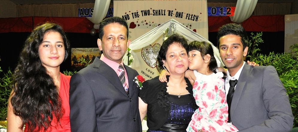 Pr Daniel & Nalliah family