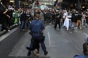 Muslims protest in Sydney