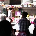 Lindt Cafe Prayer Collins St Melbourne Dec 21st 007